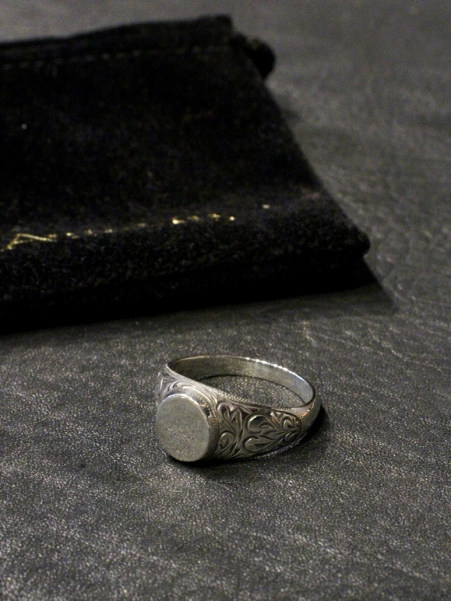 ANTIDOTE BUYERS CLUB   「 Signet Engraved Ring  」 SILVER950製 リング