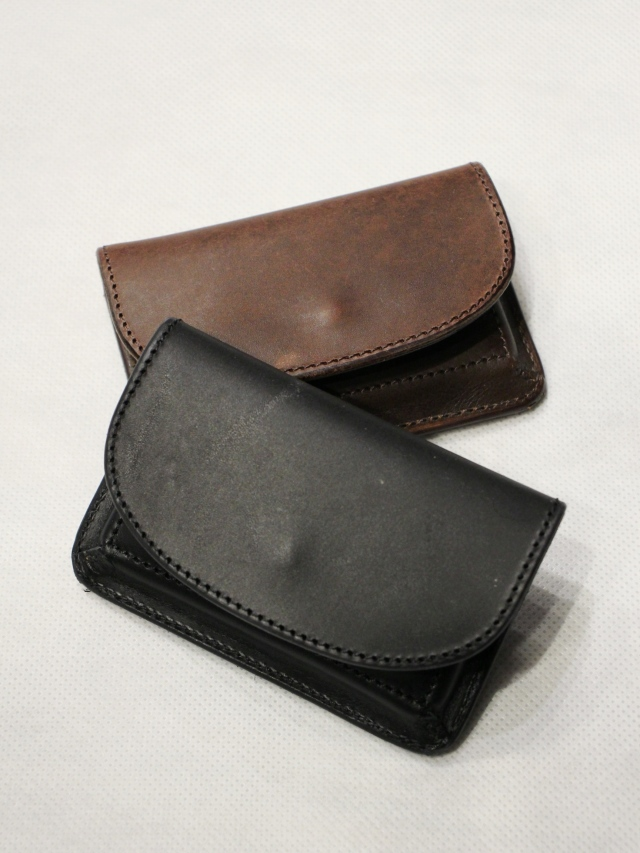 TROPHY CLOTHING  「Saddle Card Case」  レザーカードケース