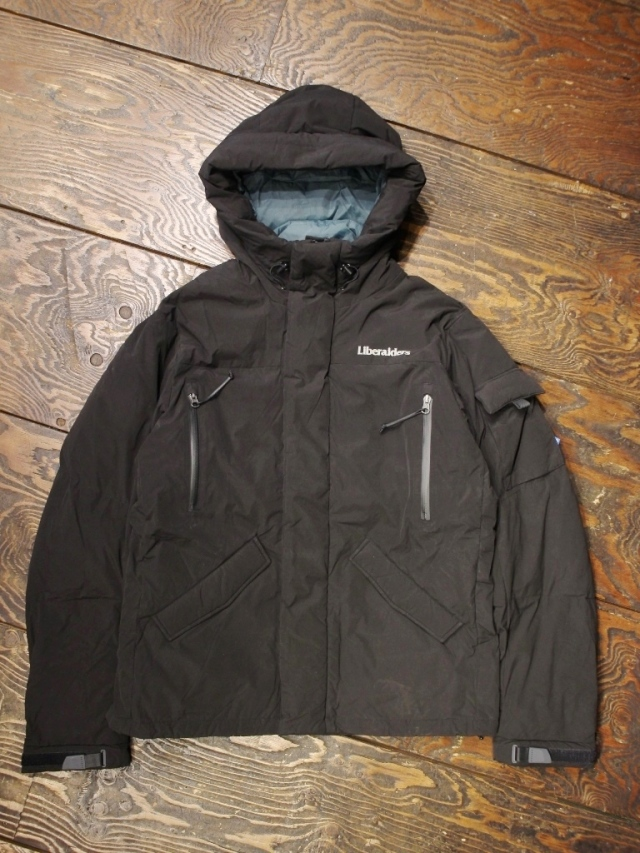 Liberaiders  「 MOUNTAIN RANGE DOWN JACKET III  」 ダウンジャケット