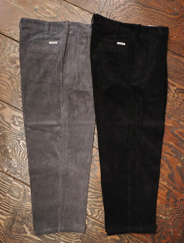 COOTIE  「Wide Corduroy 2 Tuck Trousers」 2タック コーデュロイパンツ