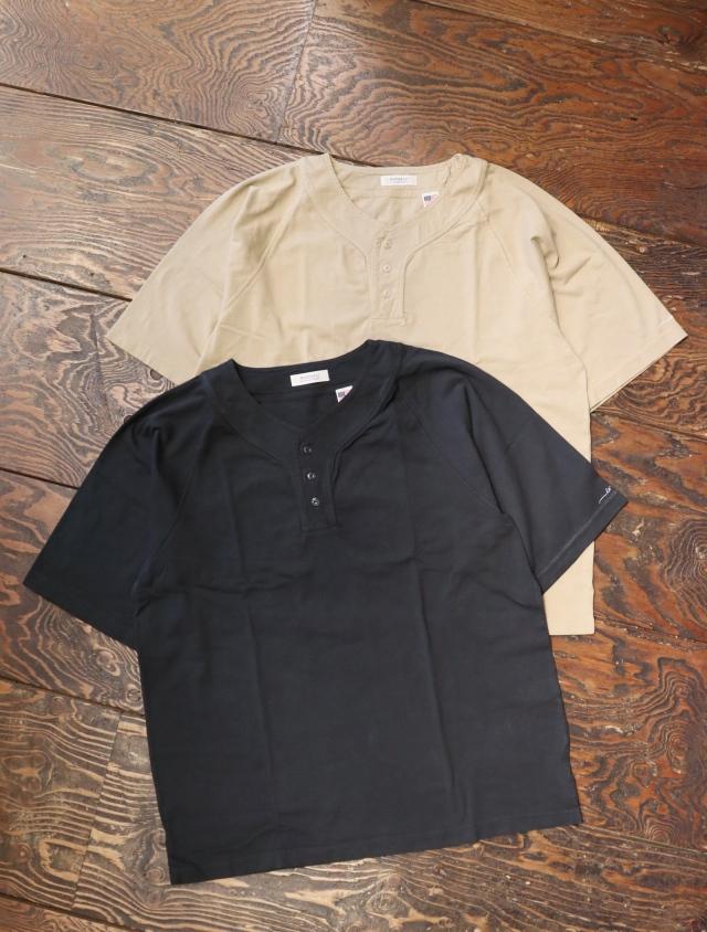 RADIALL  「JACQUE - HENLEY NECK T-SHIRT S/S」  ヘンリーネックティーシャツ