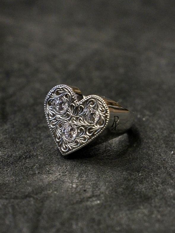 ANTIDOTE BUYERS CLUB by Cootie Productions  「Engraved Heart Ring 」 SILVER950製 ピンキーリング
