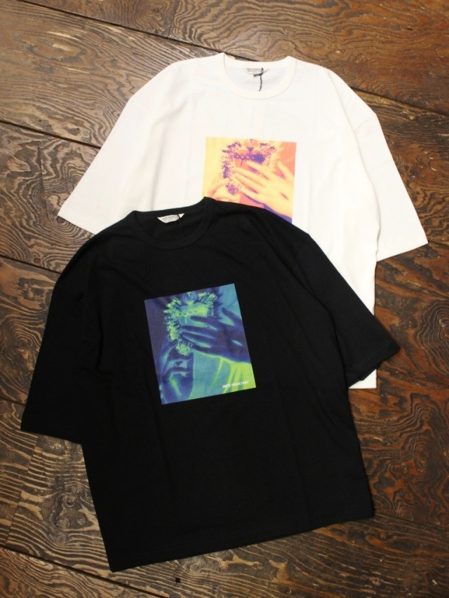 COOTIE  「Print S/S Tee (SACRED HEART)」 プリントティーシャツ