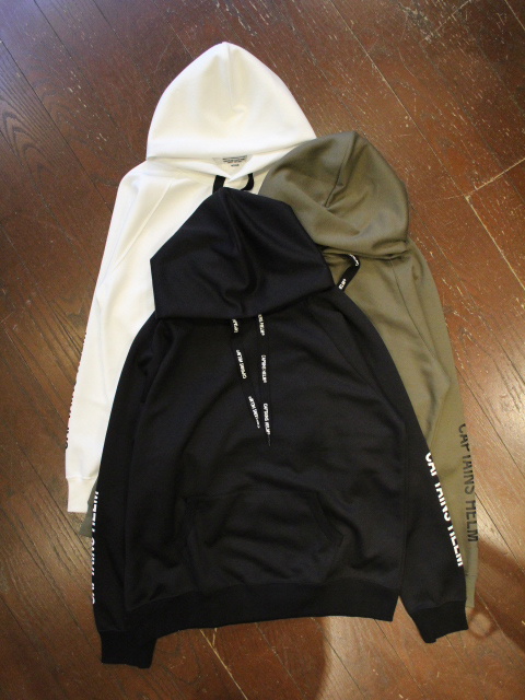 【NEW YEAR ITEM !!】 CAPTAINS HELM 「#TRADEDEMARK TEC LIGHT HOODIE」 プルオーバーパーカー