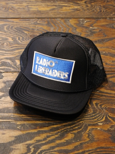 Liberaiders  「RADIO LOGO TRACKER CAP」 ワッペンメッシュキャップ