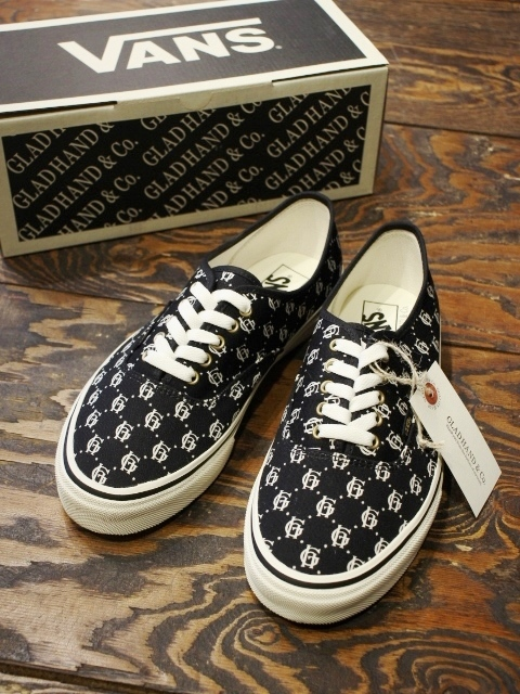 "GLAD HAND×VANS  「AUTHENTIC ""FAMILY CREST"" 」  VANS AUTHENTIC スニーカー"