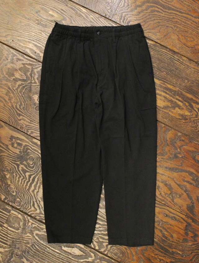 COOTIE  「Rough Twill 2 Tuck Tapered Easy Pants 」 2タックイージーパンツ