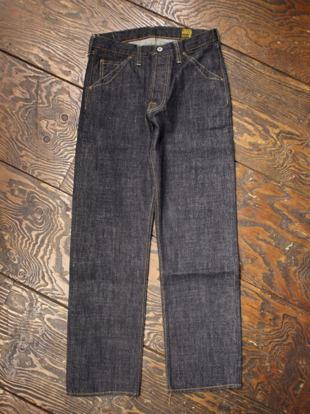 TROPHY CLOTHING  「1605 Standard Dirt Denim」  スタンダードダートデニム