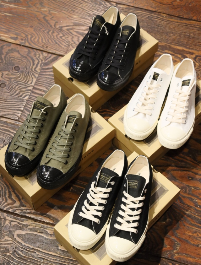 TROPHY CLOTHING  「Mill Trainers Low-Top」 スニーカー