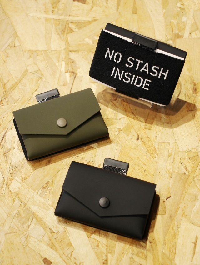 RADIALL    「FROSTED - TINY WALLET」  レザーミニウォレット