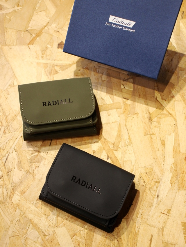 RADIALL    「FROSTED - TRIFOLD WALLET」  レザーウォレット