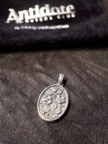 ANTIDOTE BUYERS CLUB by Cootie Productions   「 Oval Rose Pendant 」 SILVER950製 ペンダントトップ