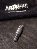 ANTIDOTE BUYERS CLUB by Cootie Productions   「Capsule Pendant」 SILVER950製 ペンダントトップ