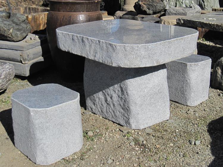 御影石テーブル