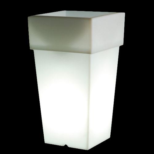 光る プランター