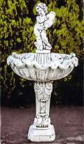 壷を抱く子供の壁泉