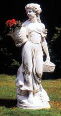 石像 花かごを持つ乙女