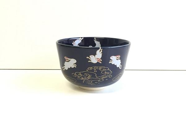 茶碗 瑠璃釉 波うさぎ 花月窯