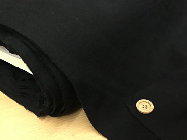 【反売り】強撚ニット ブラック[ 幅110cm×約18m巻 ]