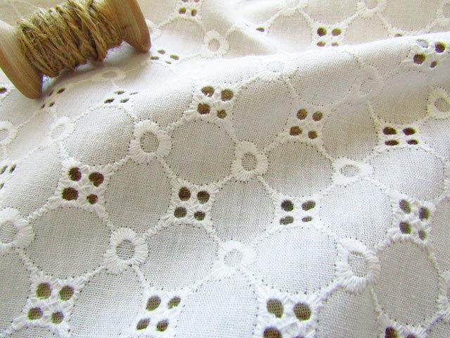 【コットン】 パターンフラワー刺繍レース オフホワイト