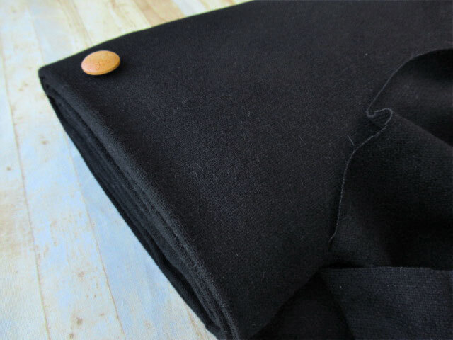 【反売り】モーリー風ウール ブラック系[ 幅144cm×4.5m巻 ]