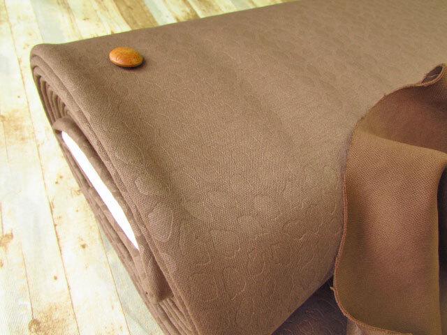 【反売り】ダルメシアン柄 ボンディングニット マロンブラウン系[ 幅156cm×6.5m巻 ]