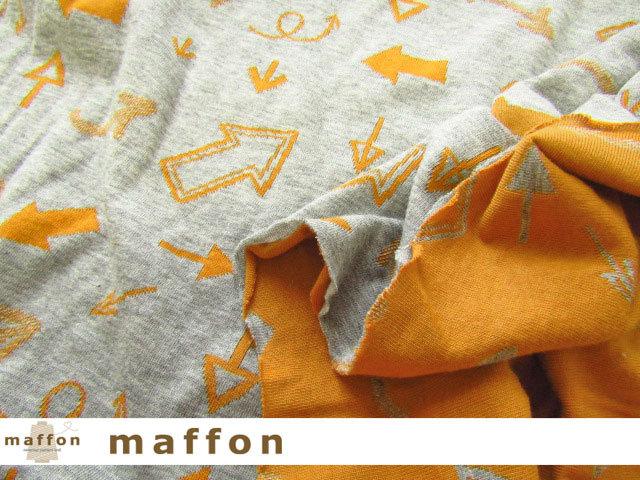 【 maffon (マフォン) 】 約75cm幅 リバーシブルジャガード接結ニット 『 矢印柄 』  杢グレー/コニャック