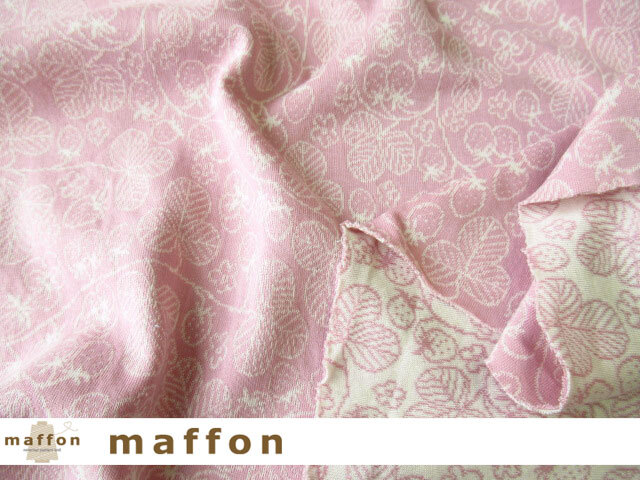 【 maffon (マフォン) 】 約75cm幅 リバーシブルジャガード接結ニット 『 ワイルドストロベリー柄 』  フレンチローズ/アイボリー