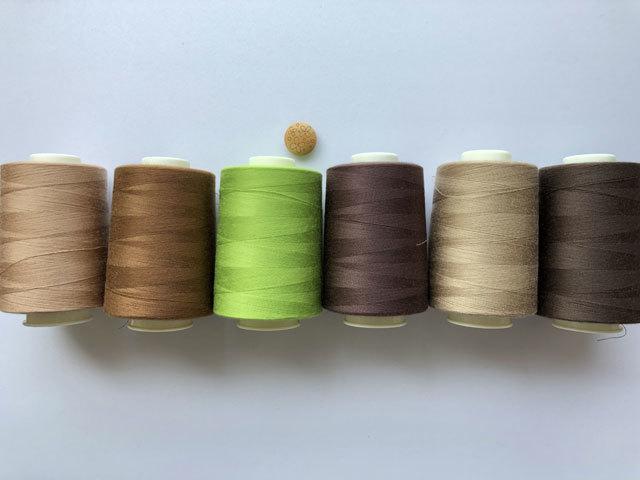 現品処分!〈縫製工場放出品〉 ほぼ新品  キングスパンロックミシン糸#90 5000m巻
