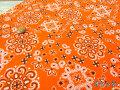 【約53cm幅×約50cmカット*ミニカットクロス】『**Bandana**(バンダナ) 』オレンジ【コットン スケアープリント】