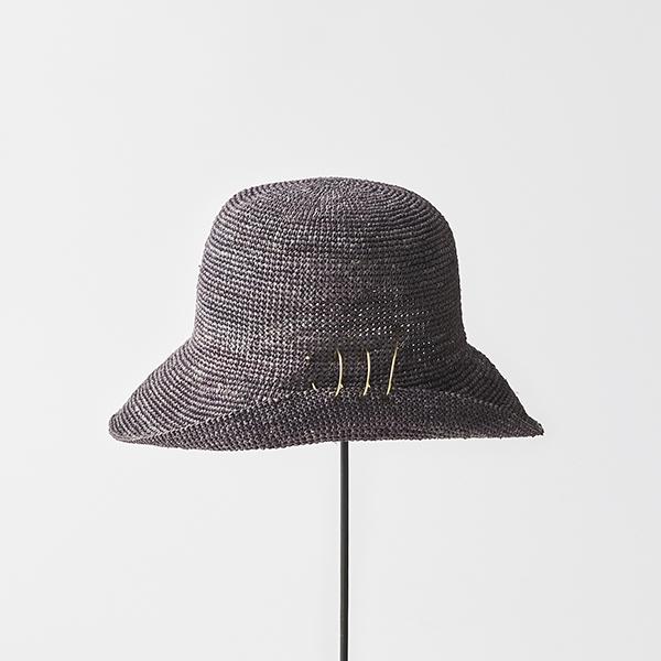 raffia hat short + spiral pin