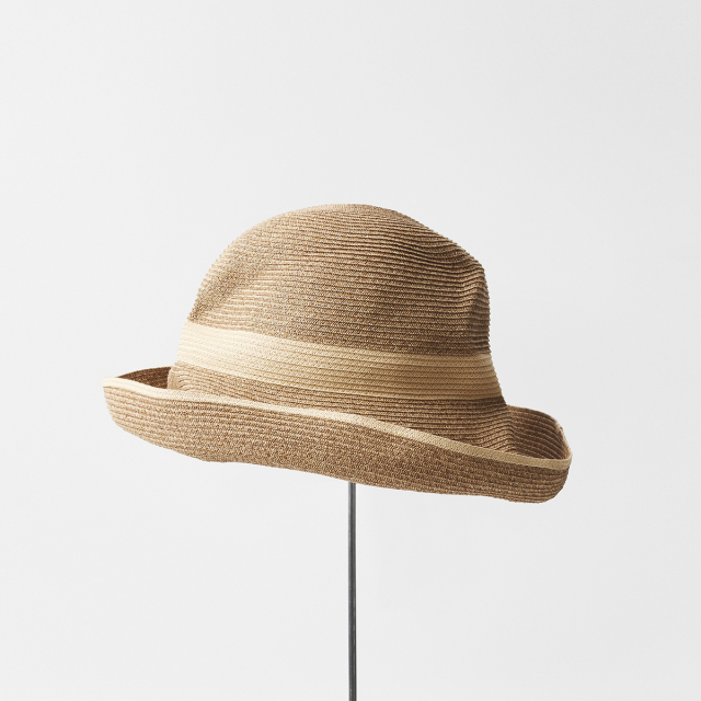 BOXED HAT 11cm brim switch color line wide