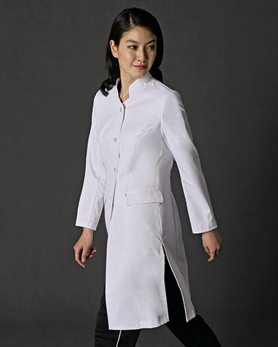 [ジュンココシノ] JUNKO KOSHINO 【上品なモード感と、すっきりと洗練された印象のスタンドカラー】 レディース ドクターコート JK113-11(ホワイト)