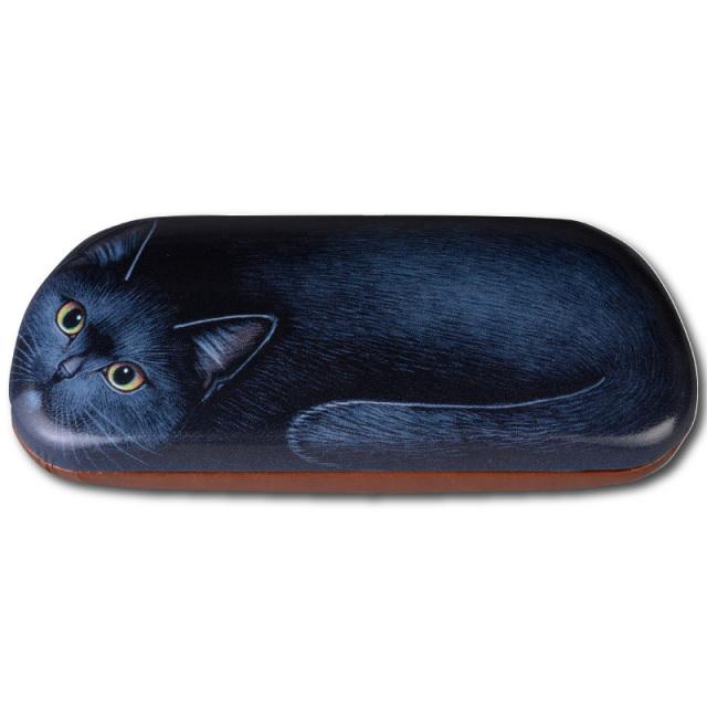 クッションに寝そべっている感じがかわいいネコのメガネケース。A-112キャットケース