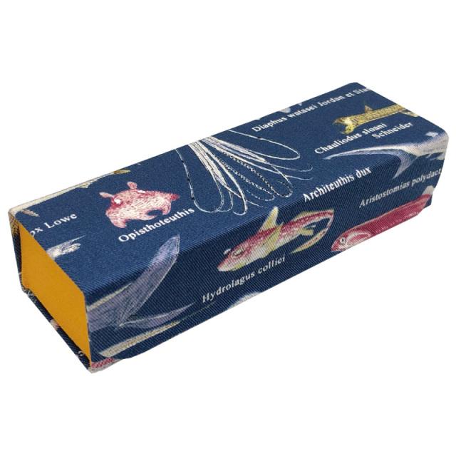 国産生地を使用したホールディングケース(メガネケース)「J-13 ホールディングケース 深海魚」