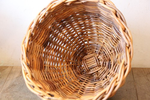 アラログのフードカバーバスケット