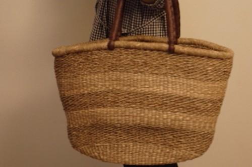 い草の革手付き大きめかごバッグ