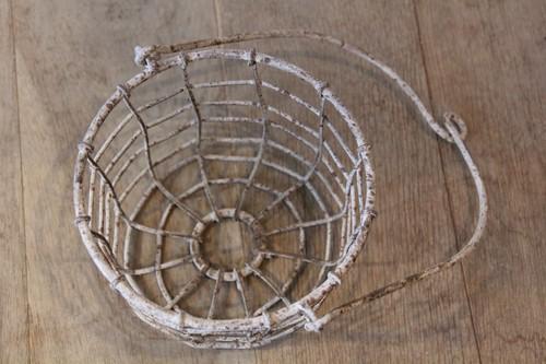 アイアン製ハンギングガーデンバスケット