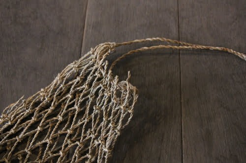 水草のメッシュハンギングバスケット
