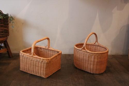 ラタンの籐編みワンハンドルバスケット