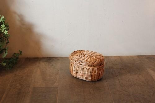 柳の被せフタ付きミニバスケット