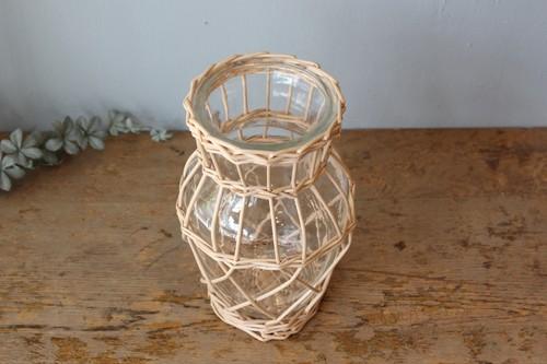 柳とガラスのかご編みフラワーベース