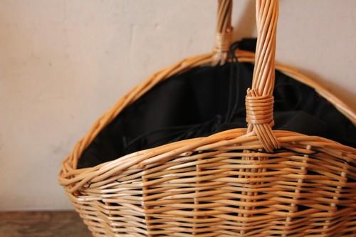 柳のシェル型かごバッグ
