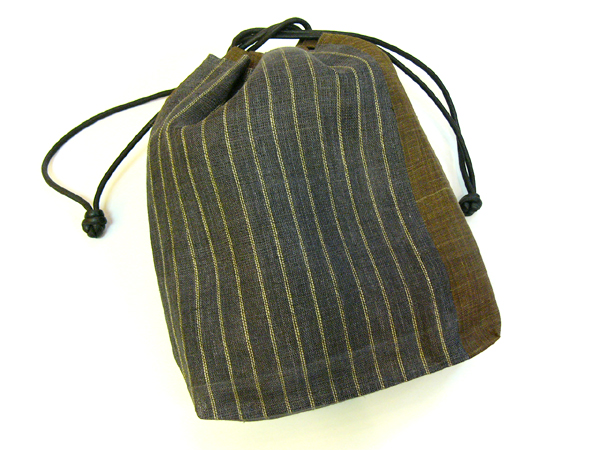 手織麻布「縞巾着」灰