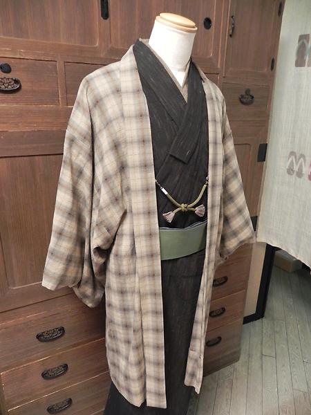 窓枠格子の木綿羽織