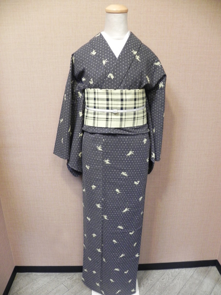 TAKUMI木綿着物「絣に飛びうさぎ」