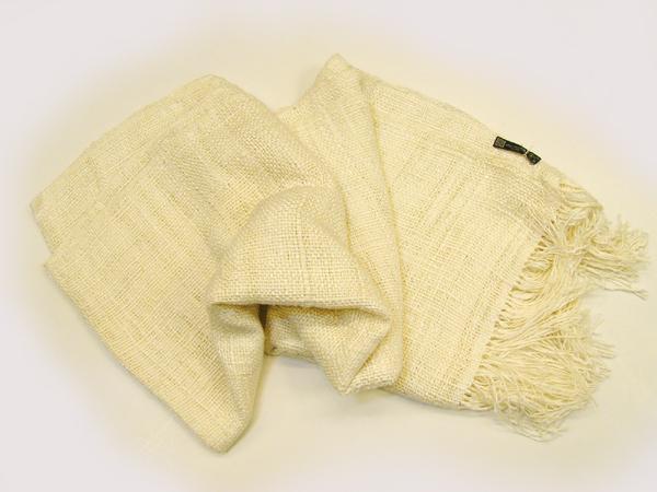 結城紬のショール「ホワイト」