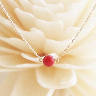 【送料無料】 K18 Rouge red coral pendant necklace (ルージュレッドサンゴ一粒ペンダントネックレス)
