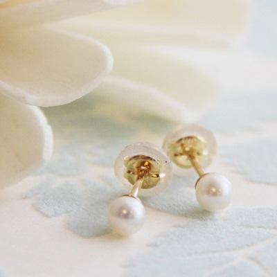 【送料無料】 K18 Little mermaid water pearl stud pierce/4mm(リトルマーメイド 淡水 パール スタッド ピアス)