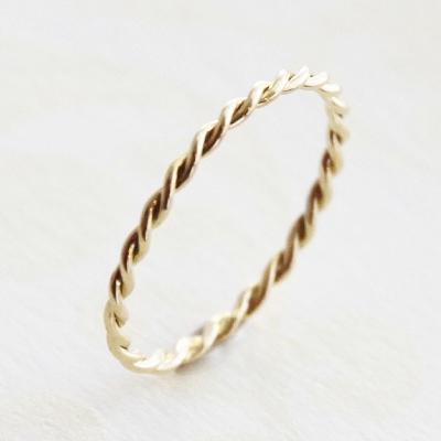 【送料無料】 K18  Duperey twist ring (デュプレーツイストリング)